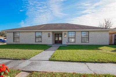 Kenner Single Family Home For Sale: 3144 Massachusetts Avenue
