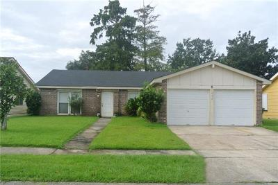 Harvey Single Family Home For Sale: 2632 Woodmere Boulevard