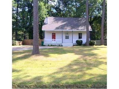 Single Family Home For Sale: 821 Willow Oak Lane