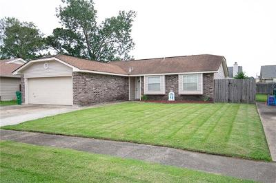 Marrero Single Family Home For Sale: 4905 Grand Terre Drive