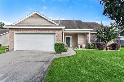 Covington Single Family Home For Sale: 835 Cole Court