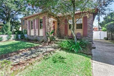 Single Family Home For Sale: 89 Versailles Boulevard