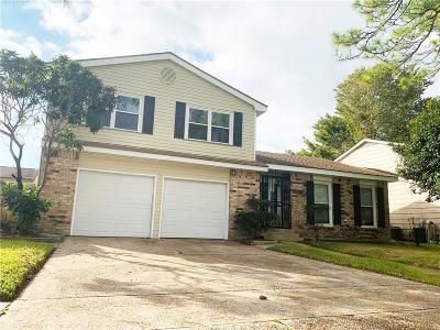 Harvey Single Family Home For Sale: 3821 Greenbriar Lane