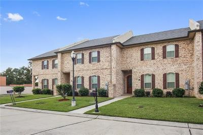 Kenner Townhouse For Sale: 18 Napa Lane