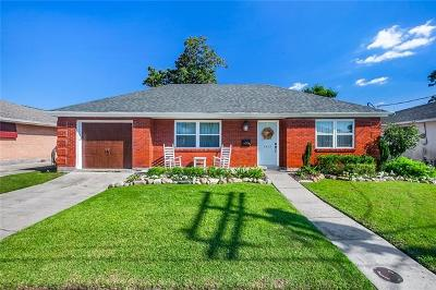 Metairie Single Family Home For Sale: 1433 Poinsetta Drive