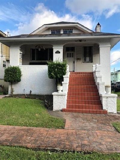 Single Family Home For Sale: 4303 S Roman Street