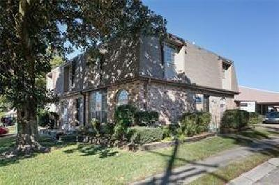 Jefferson Parish Multi Family Home For Sale: 3100 Division Street