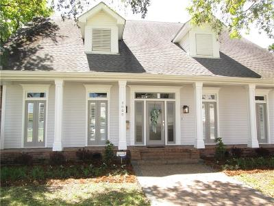 Single Family Home For Sale: 5000 Folse Drive