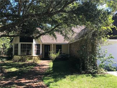 Single Family Home For Sale: 113 Woodridge Boulevard