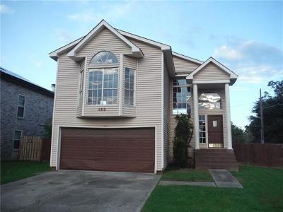 Gretna Single Family Home For Sale: 153 Southwood Drive
