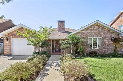Metairie Single Family Home For Sale: 3208 Tolmas Drive