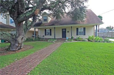 Metairie Single Family Home Pending Continue to Show: 3909 Clearview Parkway