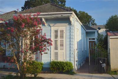 Single Family Home For Sale: 615 Delaronde Street