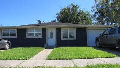 Violet LA Single Family Home For Sale: $85,500