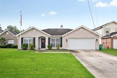 Westwego Single Family Home For Sale: 3617 Devereaux Court
