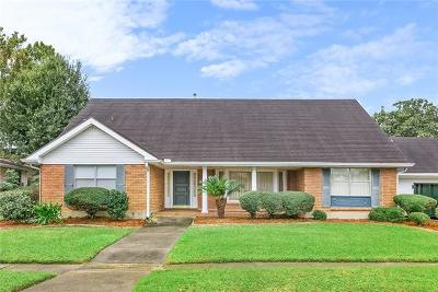 Metairie Single Family Home For Sale: 5028 Cleveland Place