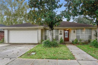 River Ridge, Harahan Single Family Home For Sale: 8208 Ferrara Drive