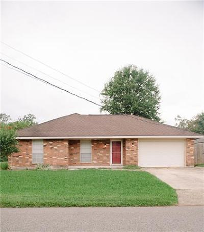 Luling Single Family Home For Sale: 414 Kellogg Drive