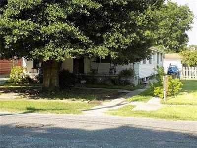Metairie, Metarie, Metiairie, Metirie, Metrairie Multi Family Home For Sale: 301 Trefny Avenue