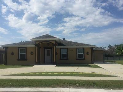New Orleans Single Family Home For Sale: 4874 Charmes Court