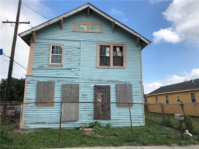 New Orleans Multi Family Home For Sale: 1937 Desire Street