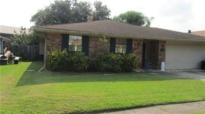 Kenner Single Family Home For Sale: 4132 Cognac Drive