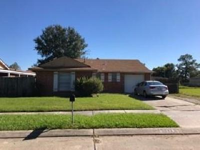Marrero Single Family Home For Sale: 2025 Basie Drive