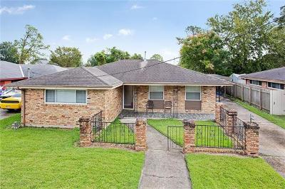 New Orleans Single Family Home For Sale: 4859 Camelot Drive