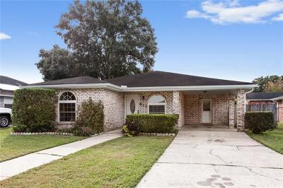 Kenner Single Family Home For Sale: 413 Baroni Drive