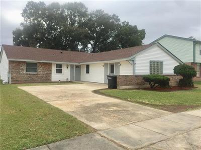 Kenner Single Family Home For Sale: 427 Incarnate Word Drive