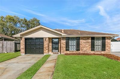 Kenner Single Family Home Pending Continue to Show: 932 Mayfair Lane