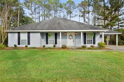 Mandeville Single Family Home Pending Continue to Show: 205 Salem Drive