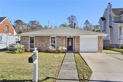 Destrehan, St. Rose Single Family Home For Sale: 202 Dunleith Drive