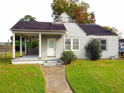 Single Family Home For Sale: 189 Renpass Avenue