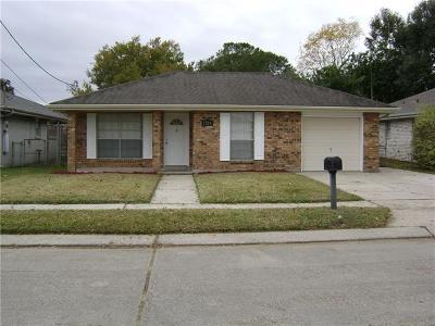 Metairie Single Family Home Pending Continue to Show: 1216 Pasadena Avenue