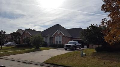 Slidell Single Family Home Pending Continue to Show: 6 Harbor Cove