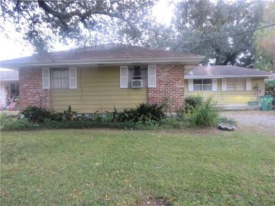 Metairie Single Family Home Pending Continue to Show: 6512 Camphor Street
