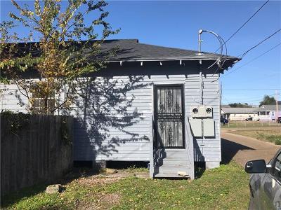 Multi Family Home For Sale: 1820-1822 Old Saint Bernard Street