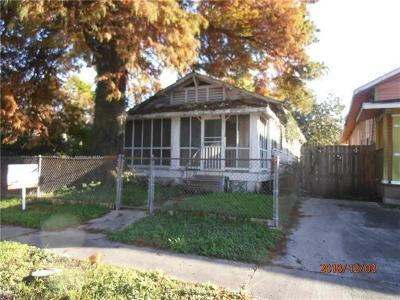 New Orleans Single Family Home Pending Continue to Show: 2716 Lavender & Lot 38 Street