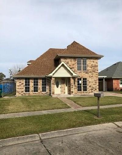 Single Family Home For Sale: 144 Noel Drive