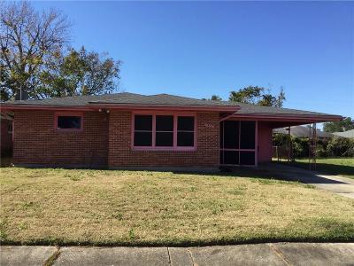 Single Family Home For Sale: 4862 Cerise Avenue