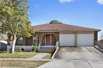 Single Family Home For Sale: 557 E Marlin Court