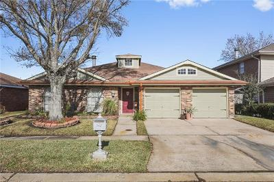 Kenner Single Family Home For Sale: 28 Anjou Drive