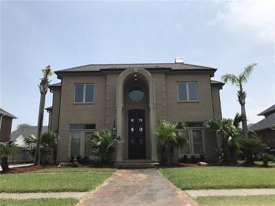 Kenner Single Family Home For Sale: 4432 Rue Saint Martin Drive