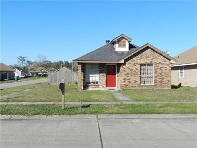 Marrero Single Family Home For Sale: 5936 N Oak Drive