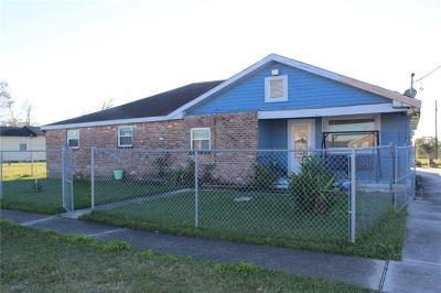 Harvey Single Family Home For Sale: 1612 Estalote Avenue