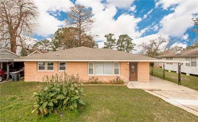 Single Family Home For Sale: 400 N Dilton Street