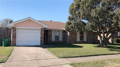 Marrero Single Family Home For Sale: 1068 Candlelight Court