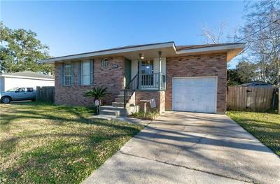 Destrehan, St. Rose Single Family Home For Sale: 512 W Hoover Street