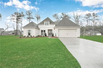 Madisonville Single Family Home For Sale: 745 Grey Heron Lane